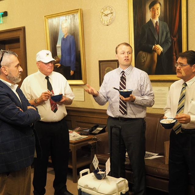 Tim Eyman eats ice cream in Governor Inslee's office with his sidekicks Jack and Mike Fagan while arguing with Inslee's Communications Director David Postman and NPI's Andrew Villeneuve