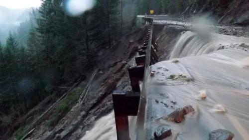 Decembeer 2015 Flooding on U.S. 12