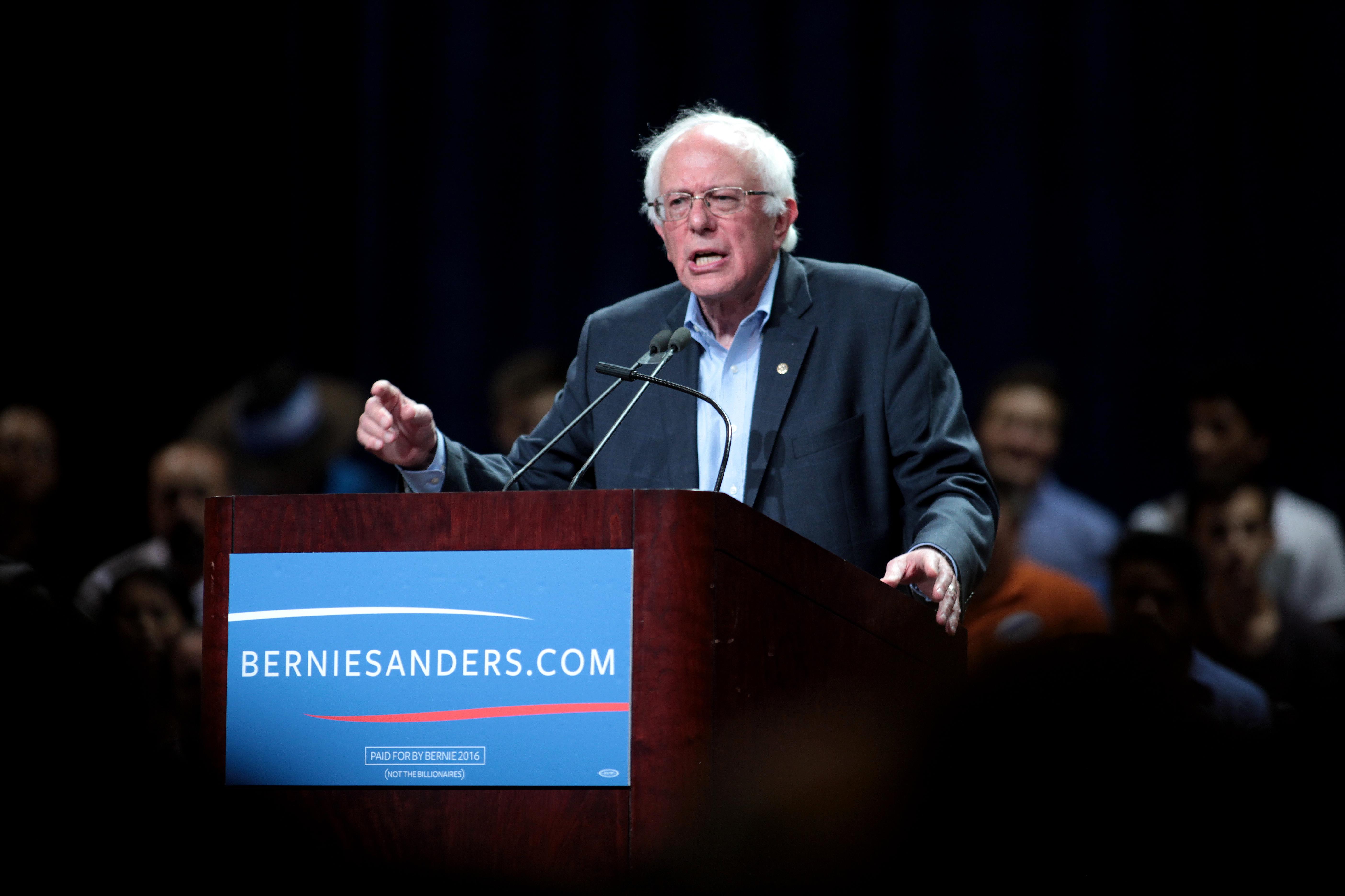 Bernie Sanders speaking at Phoenix rally