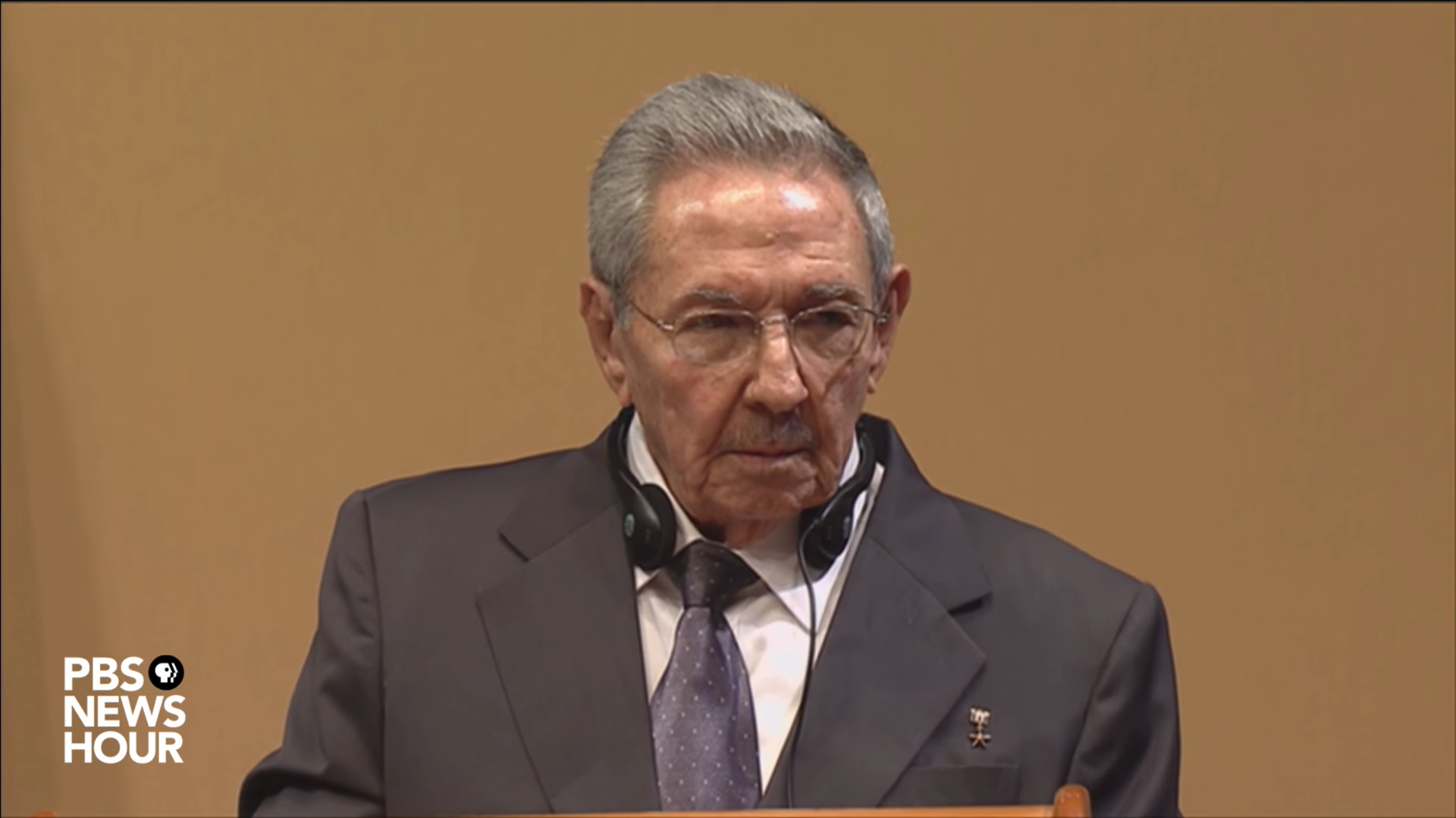 Raul Castro at news conference with President Obama