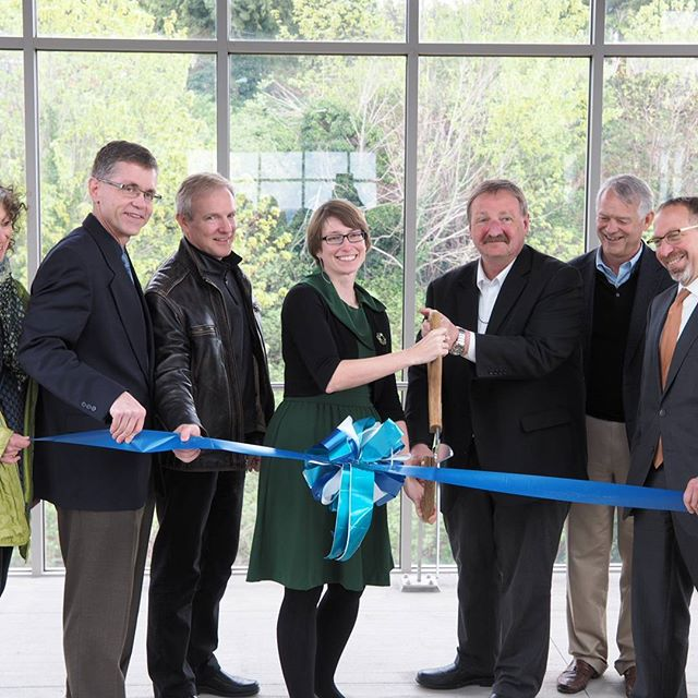 Ribbon-cutting for the newly completed Sounder Mukilteo Station