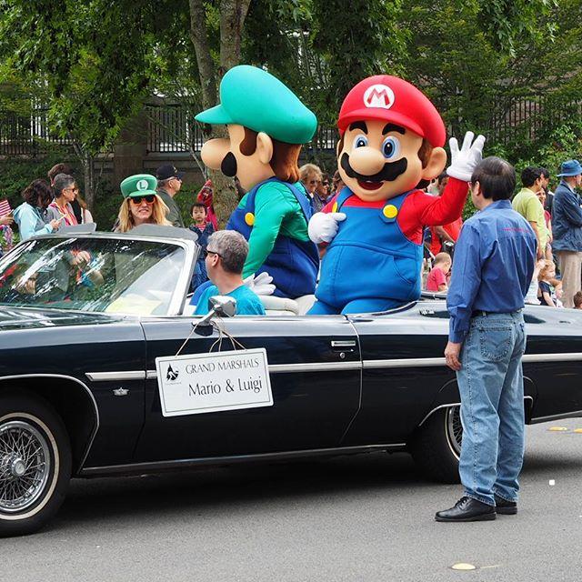 Nintendo's Mario and Luigi: Parade marshals for Redmond Derby Days 2016