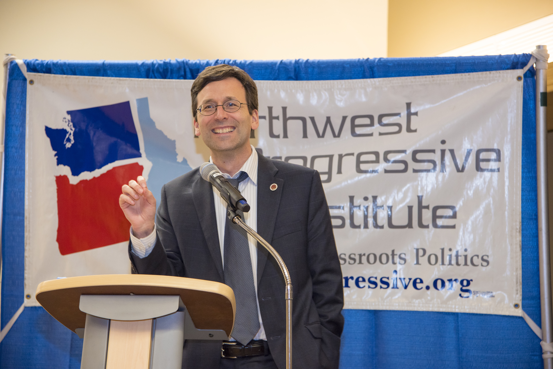 Bob Ferguson speaking at NPI's 2015 Spring Fundraising Gala