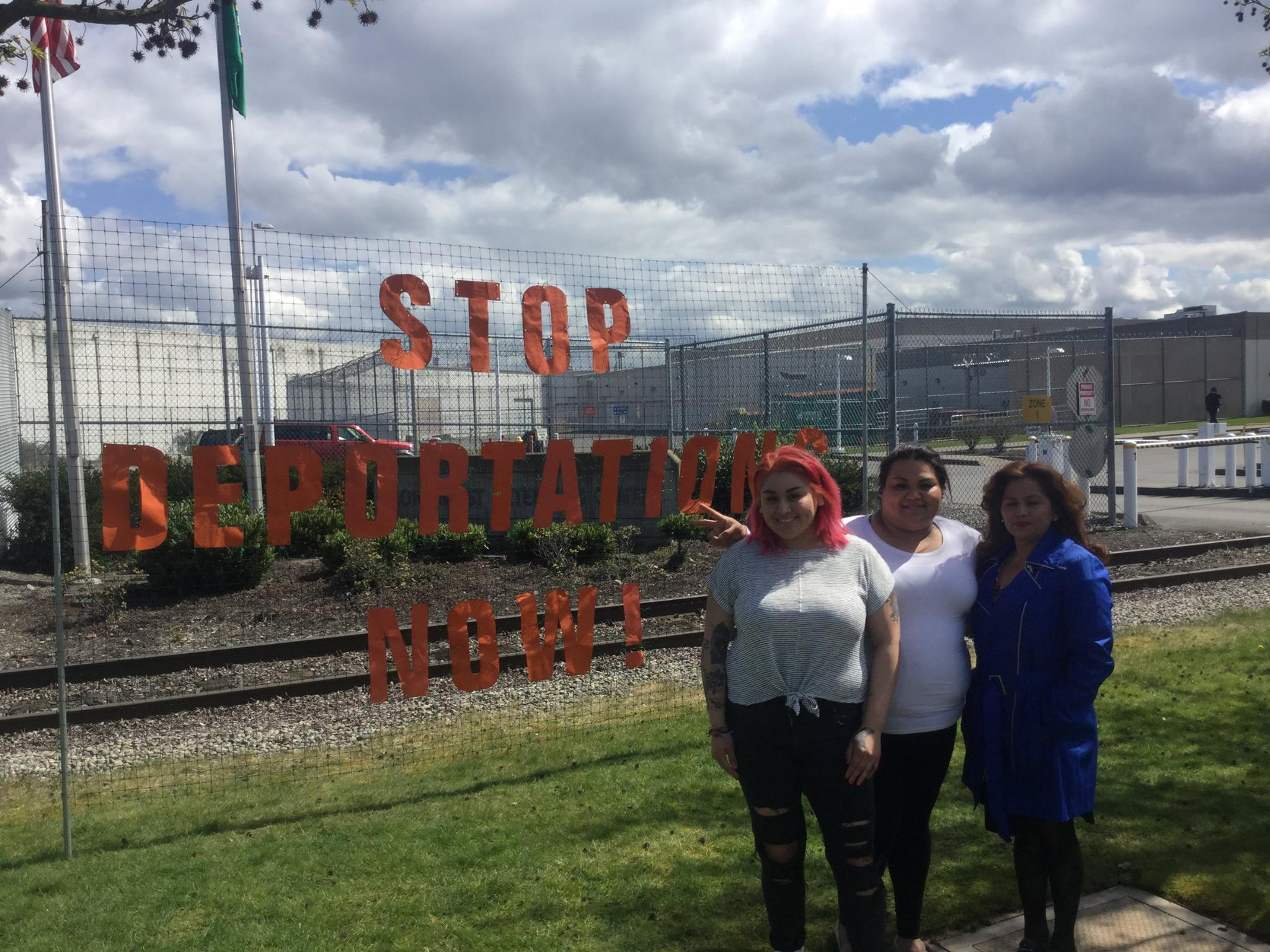 Stop deportations now!