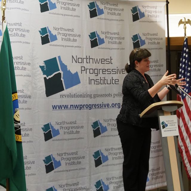 King County Councilmember Claudia Balducci delivers the opening address at NPI's 2017 Spring Fundraising Gala