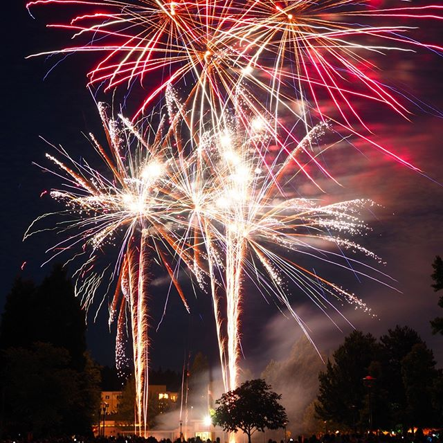 Bonus July fireworks: Colorful bursts at the grand finale of Redmond Derby Days