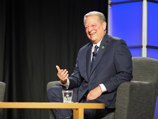 Scenes from Netroots Nation 2017: Al Gore reminds us that political will is a renewable resource #NN17