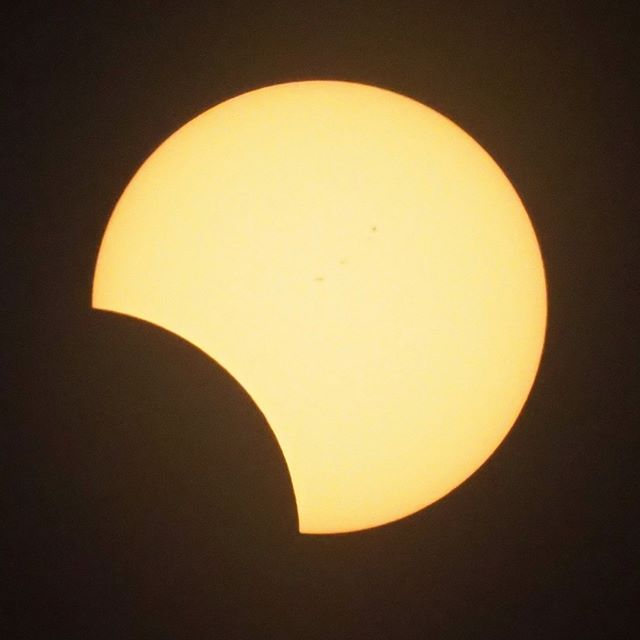 Scenes from the Great American Eclipse: About one hundred and thirty-four minutes in