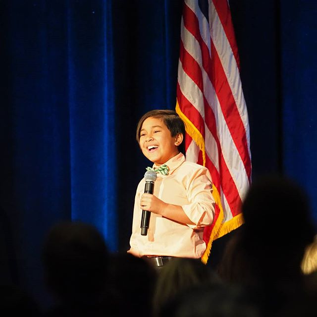 "Max Ferrer performs a beautiful rendition of ""The Star Spangled Banner"" at Maria Cantwell's ninth annual Women of Valor Awards"
