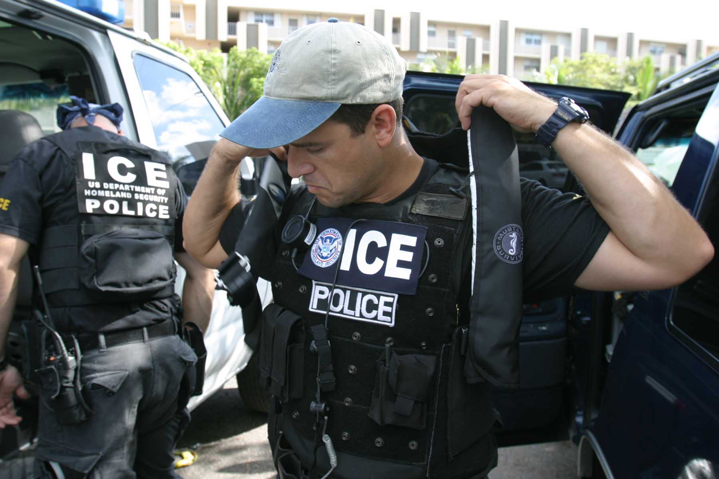 An ICE (Immigration and Customs Enforcement) SWAT unit