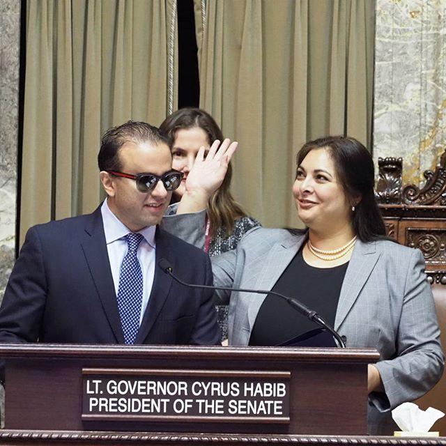 2018 Washington State Legislature Opening Ceremonies: Manka Dhingra waves to onlookers in the Senate gallery #waleg