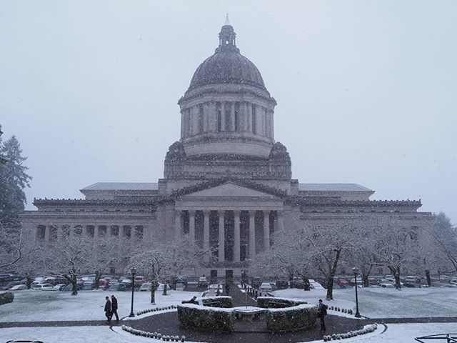 Snow day at the state capitol
