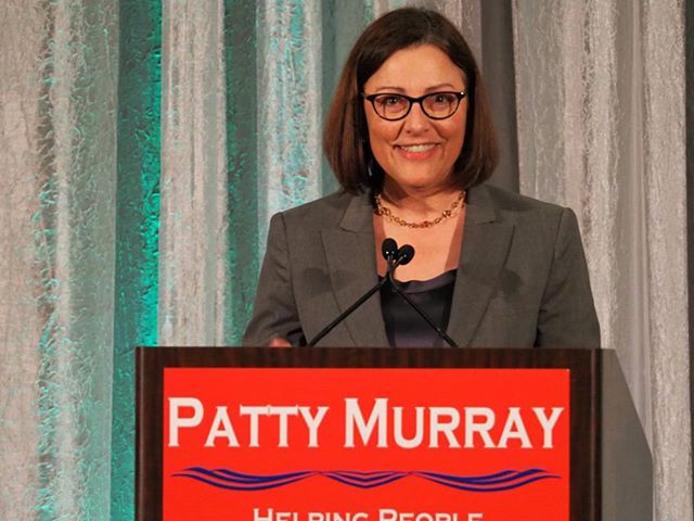Suzan DelBene speaks at Patty Murray's 2018 Golden Tennis Shoe Awards