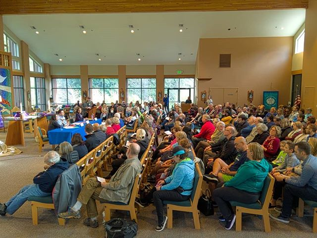 Packed house for the Indivisible-hosted candidate forum in WA-08 between Democrats Jason Rittereiser, Shannon Hader,  and Kim Schrier #CapturedWithLight