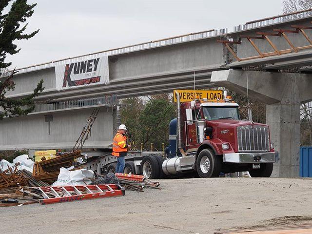 A girder arrives at @SoundTransit's Bel-Red construction site, delivered by V. Van Dyke, Inc.