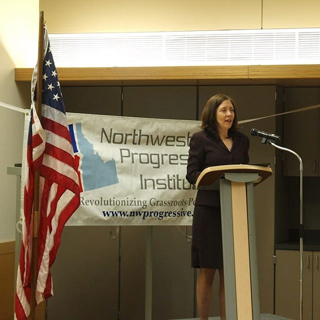 Countdown to NPI's 2018 Spring Fundraising Gala | From 2012: U.S. Senator Maria Cantwell delivers the keynote address (Photo by Andrew Villeneuve) Join us tonight in Renton for NPI's tenth gala! https://npi.li/gala/