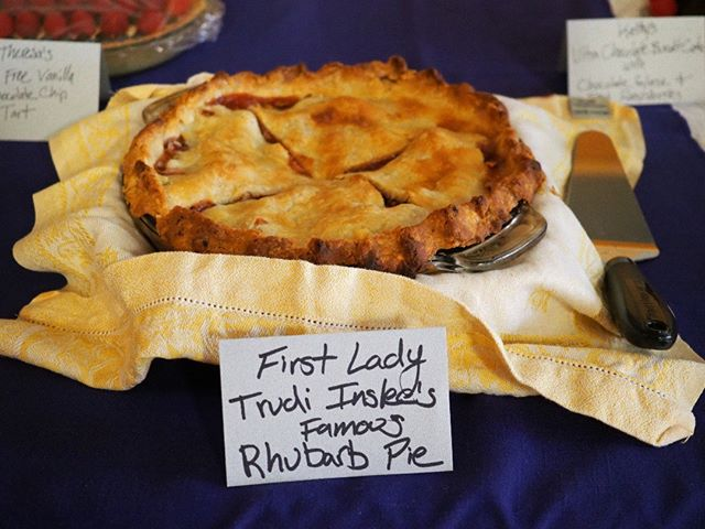 Flashback to NPI's 2018 Spring Fundraising Gala: First Lady Trudi Inslee's rhubarb pie was a favorite item at the Dessert Dash (Photo: Theresa Curry Almuti/NPI)