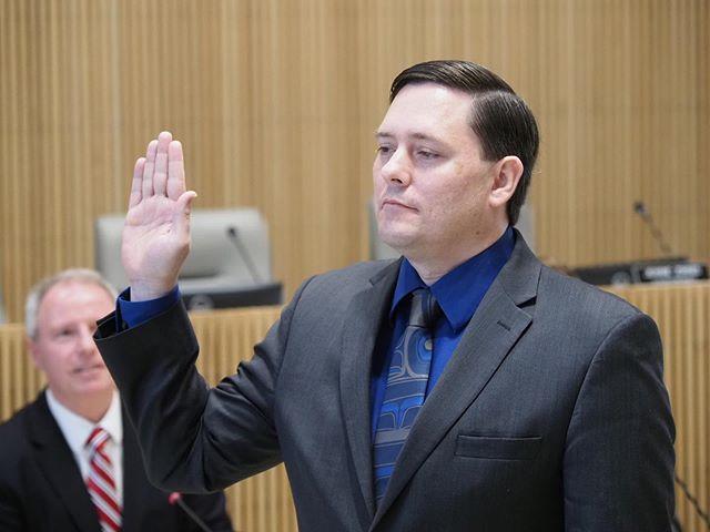 Derek Stanford is sworn into office as a Washington State Senator, succeeding Guy Palumbo