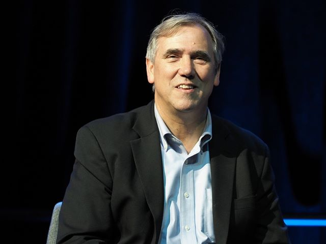 Northwest pride: Senator Jeff Merkley is introduced at Netroots Nation 2019 #NN19