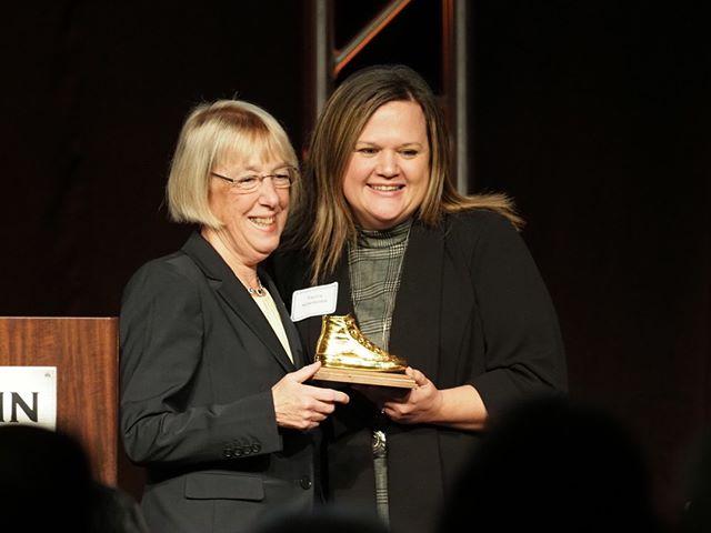 Congratulations to Patty Murray's 2019 Golden Tennis Shoe Award winners: Tarra Simmons