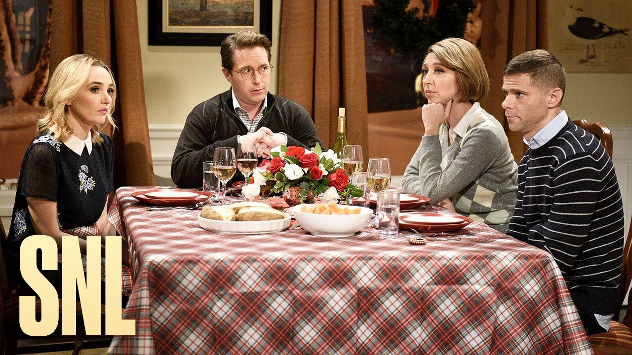 SNL holiday dinner table conversations