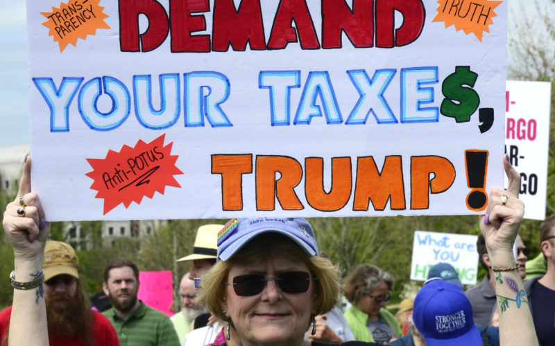 The people demand Trump's taxes