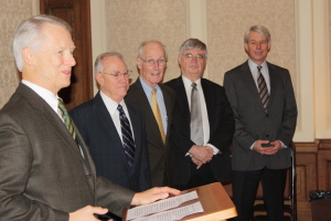 Redistricting Commission is sworn in