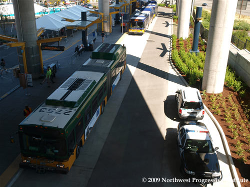 A view of the bus bays below the Tukwila train platform
